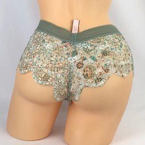 Victoria's Secret Intimates & Sleepwear - ✅🆕😍 Victoria's Secret lace bralette & panty set